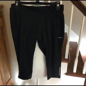 Nike Capri leggings Size M